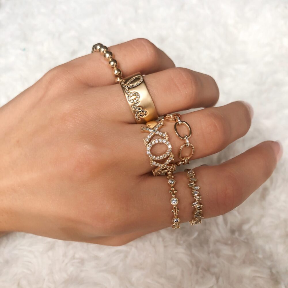 Chain Link Ring with Diamonds