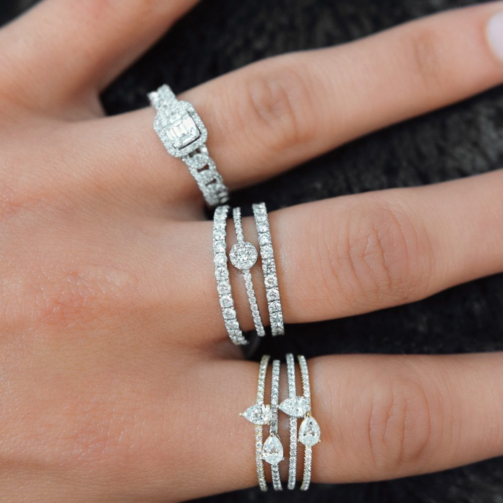 Diamond Horizontal Pear Stacking Band